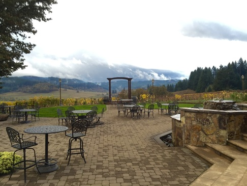 Sweet Cheeks Winery Oregon Wine Willamette Valley